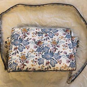 STEVE MADDEN Floral Crossbody Bag